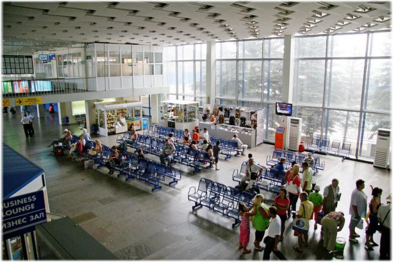 фото внутри ЖД-вокзала Анапы