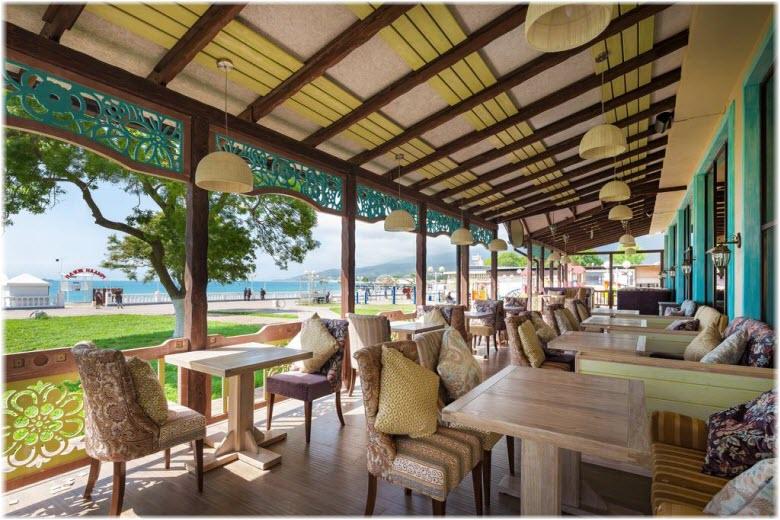 кафе гостиницы Дача