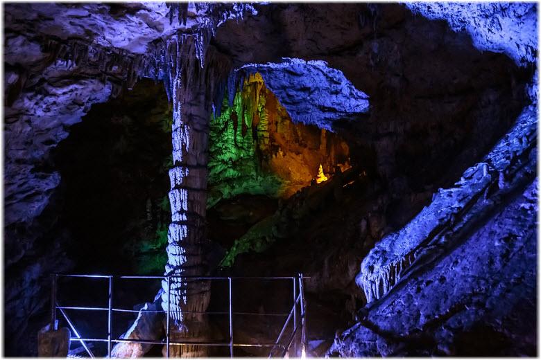фото Большой Азишской пещеры