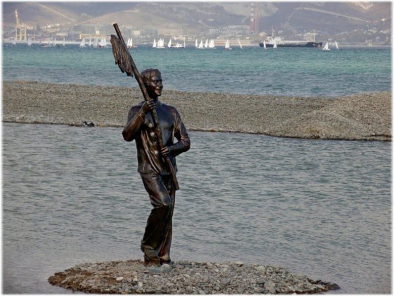 фото памятника Миронову
