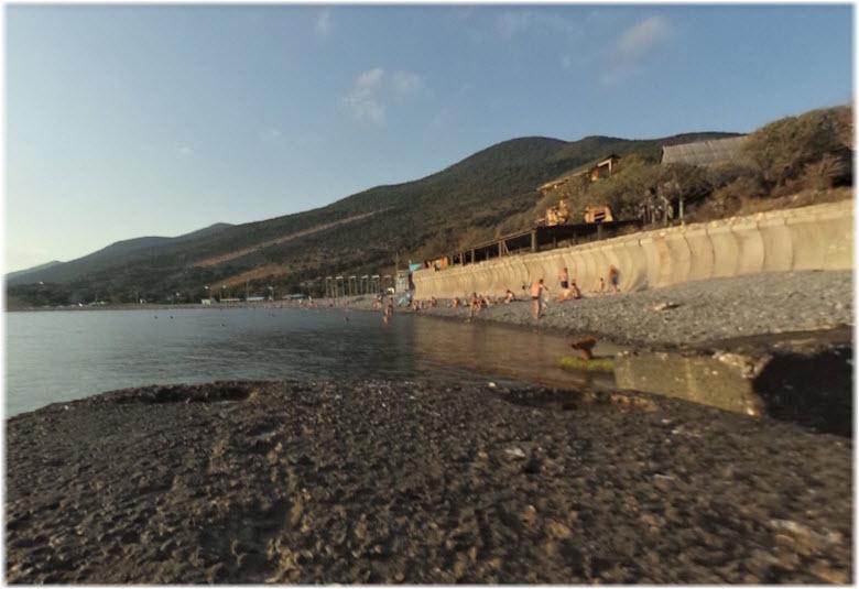 пляж у пансионата Строитель