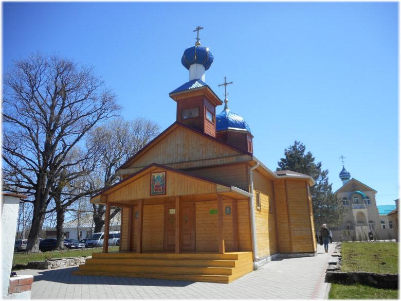 церкви Свято-Михайловской обители