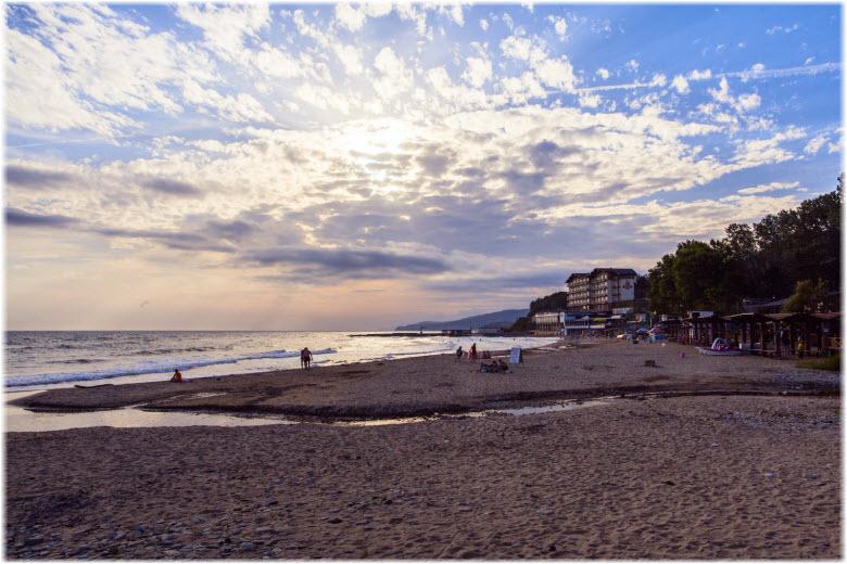 вечер на пляже Золотые пески