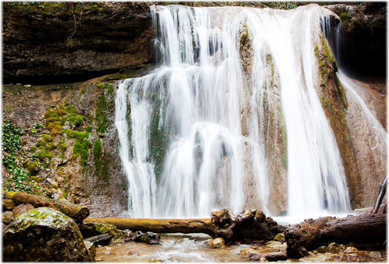 фото вблизи Адова водопада