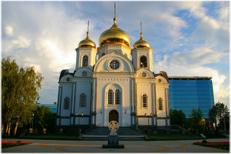 Храм Александра Невского в Краснодаре