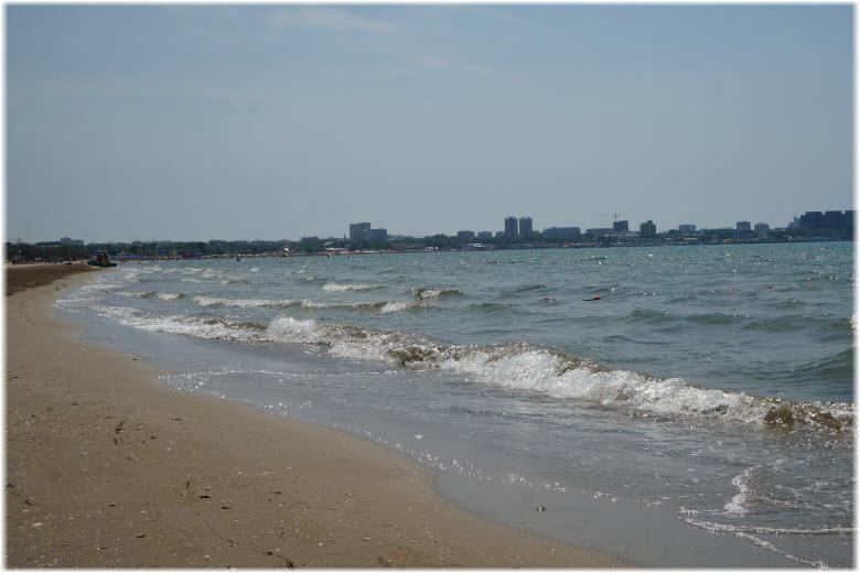 море и пляж Счастливое детство