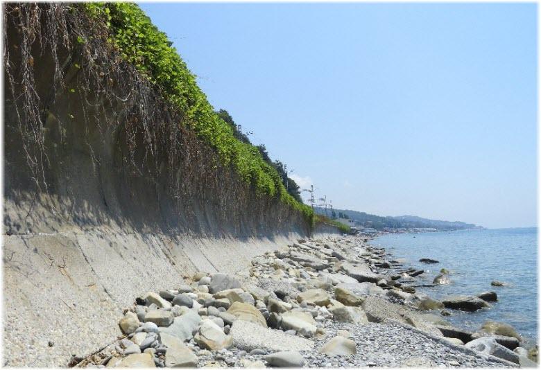 дикий пляж Лоо