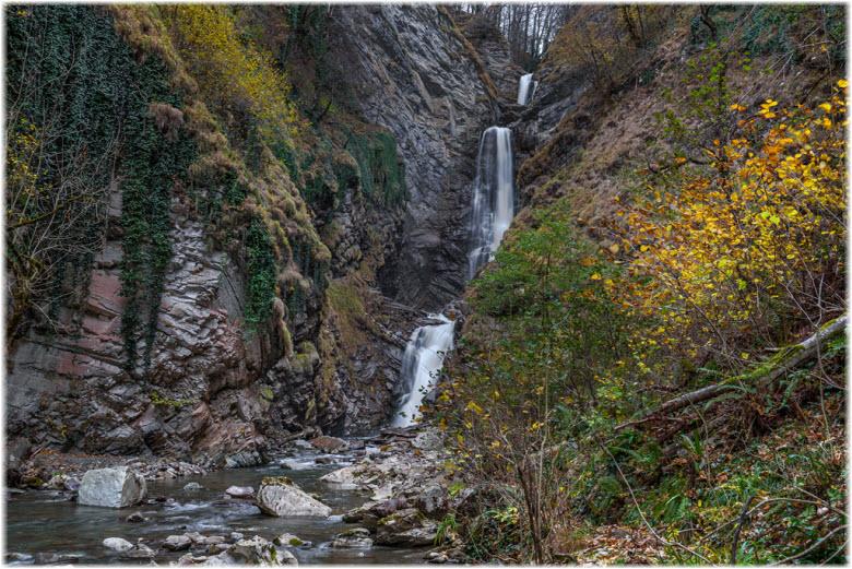 фото Безымянного водопада
