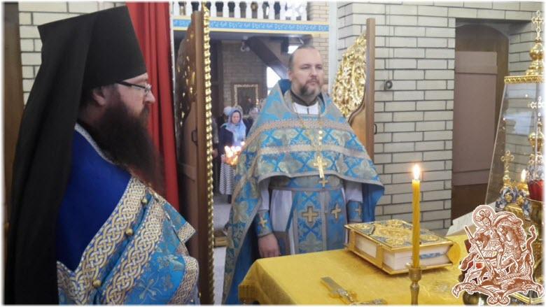 священники церкви