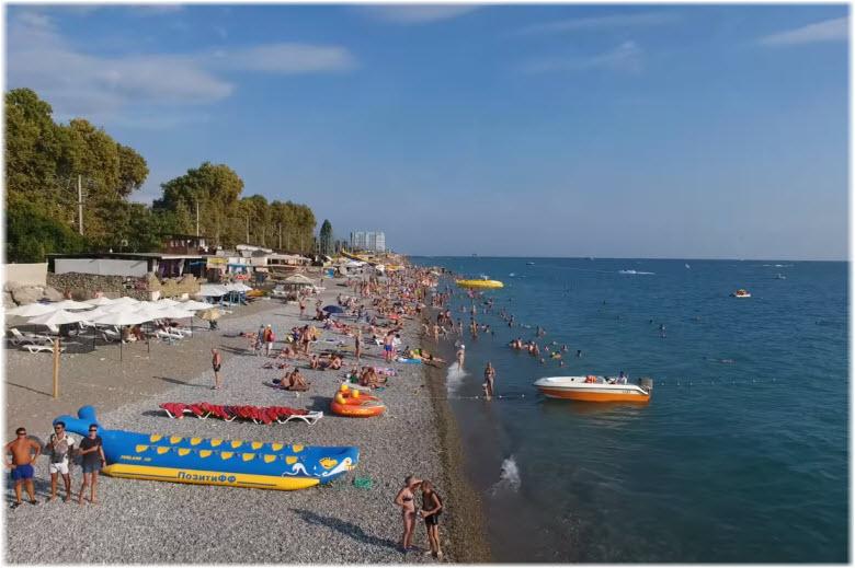 Свирский пляж в Лазаревском