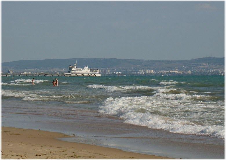 фото на диком берегу в Витязево