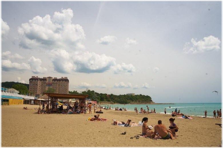 фото городского пляжа