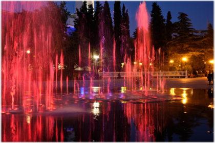 Поющие фонтаны в Туапсе