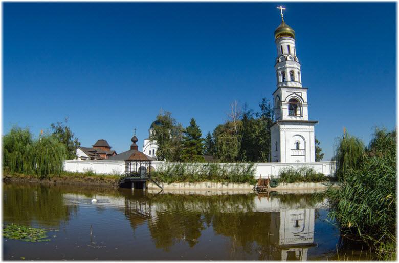 фото подворья монастыря