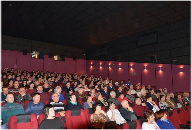фото в зрительном зале кинотеатра