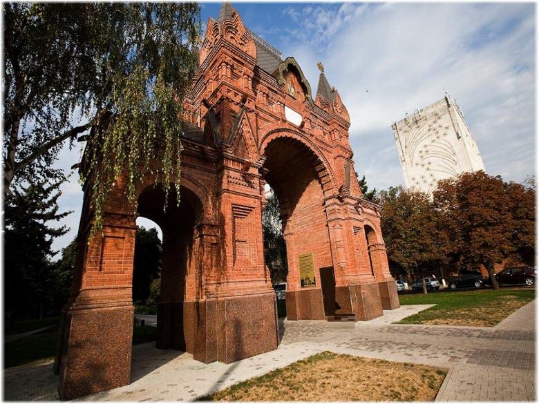 фото Александровской арки