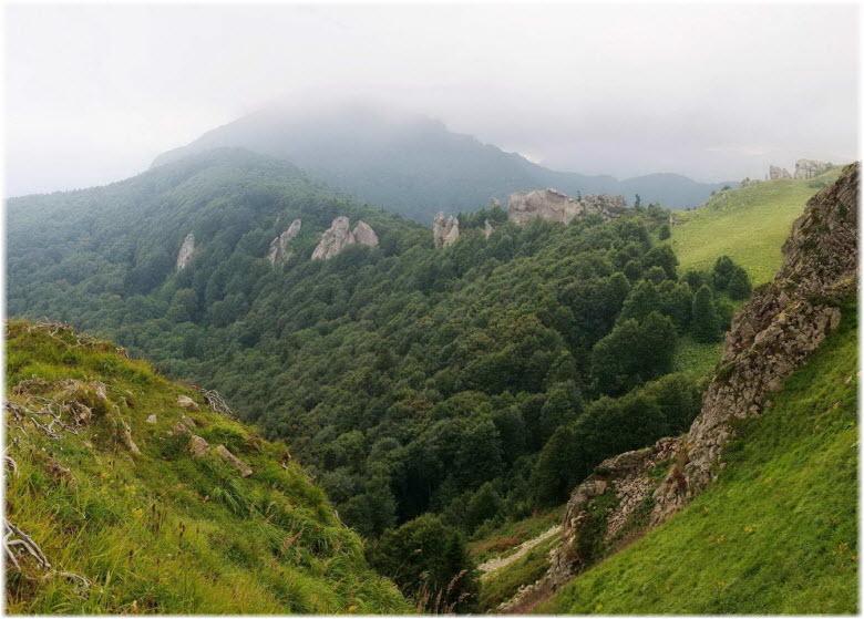 гора Шесси в тумане