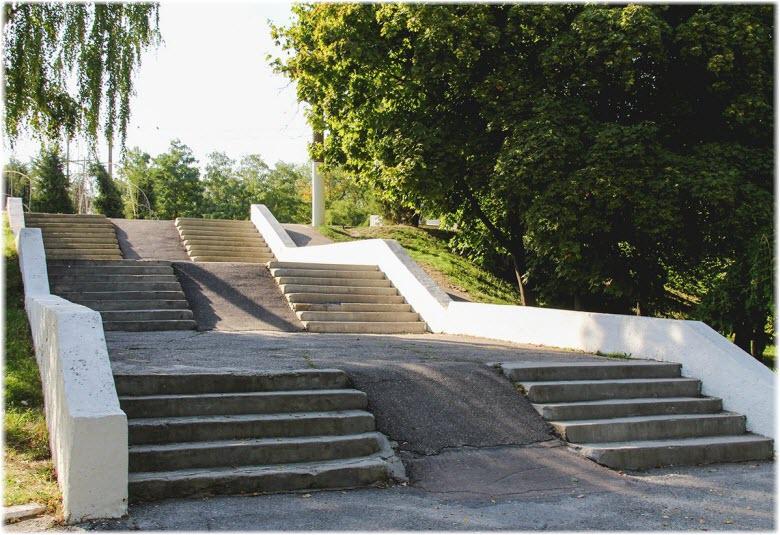 лестница Приморского парка