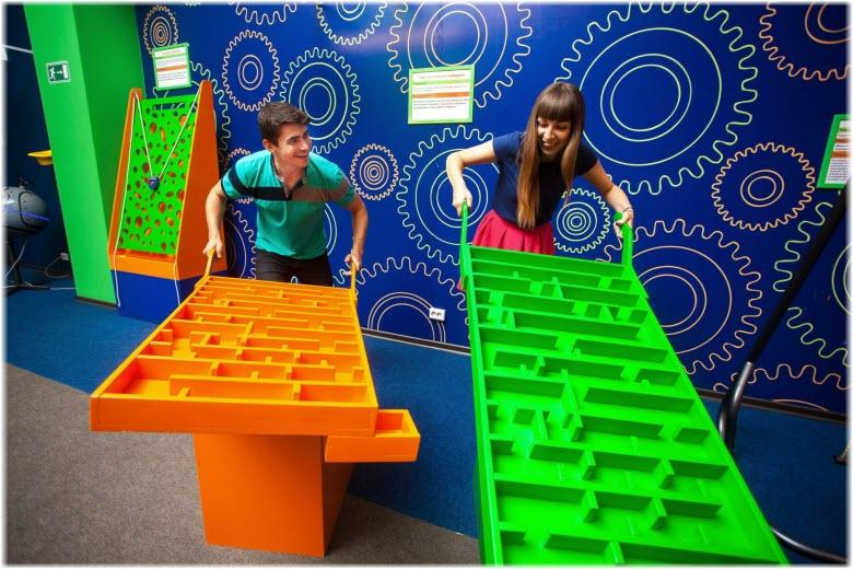 посетители музея чудес