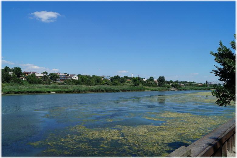 река Мертвый Донец