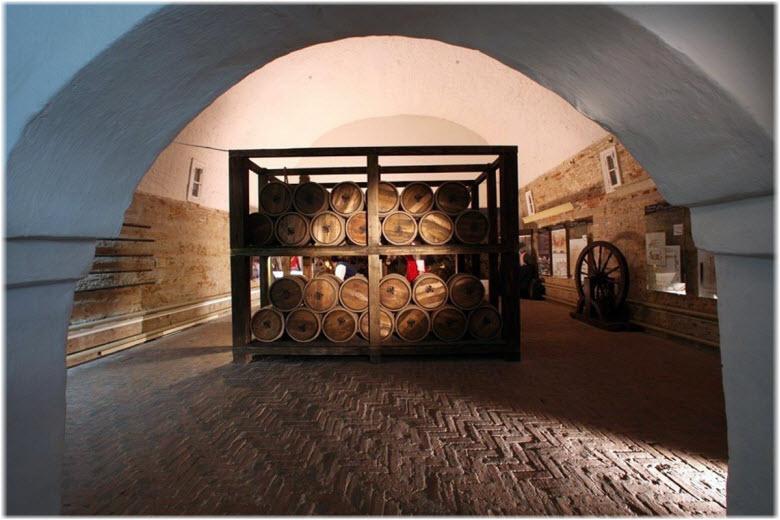 внутри Порохового погреба
