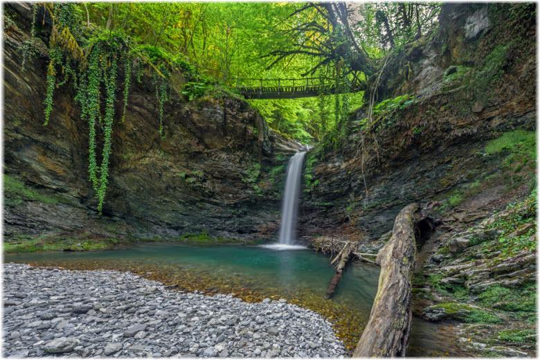 водопады реки Ажек