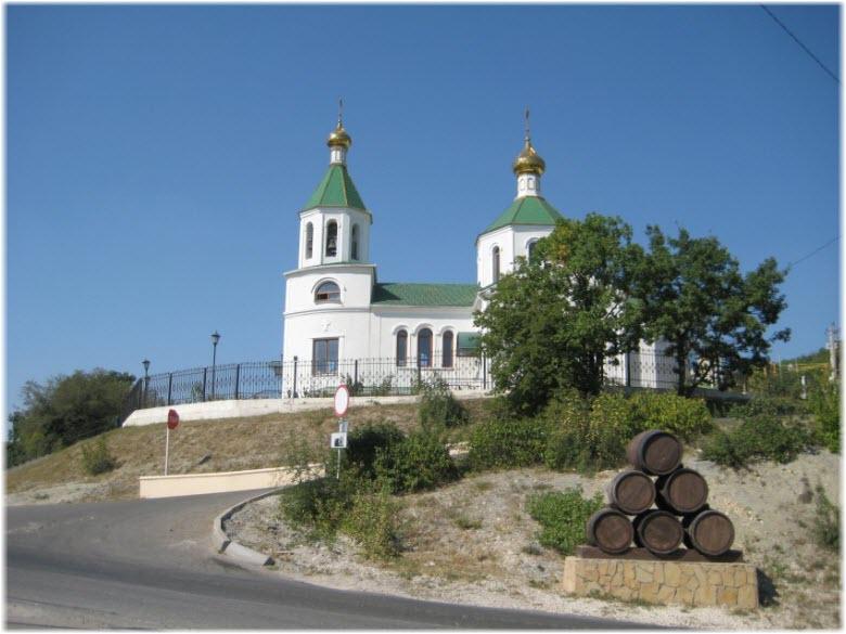 фото церкви в Абрау-Дюрсо