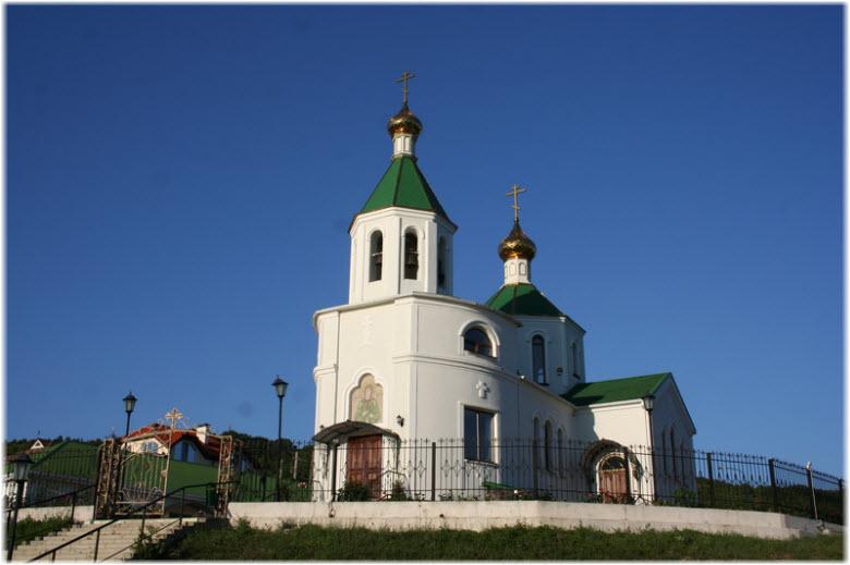 Храм Ксении Петербургской в Абрау-Дюрсо