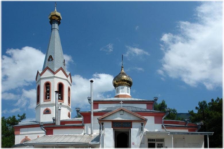 Свято-Преображенский храм в Геленджике