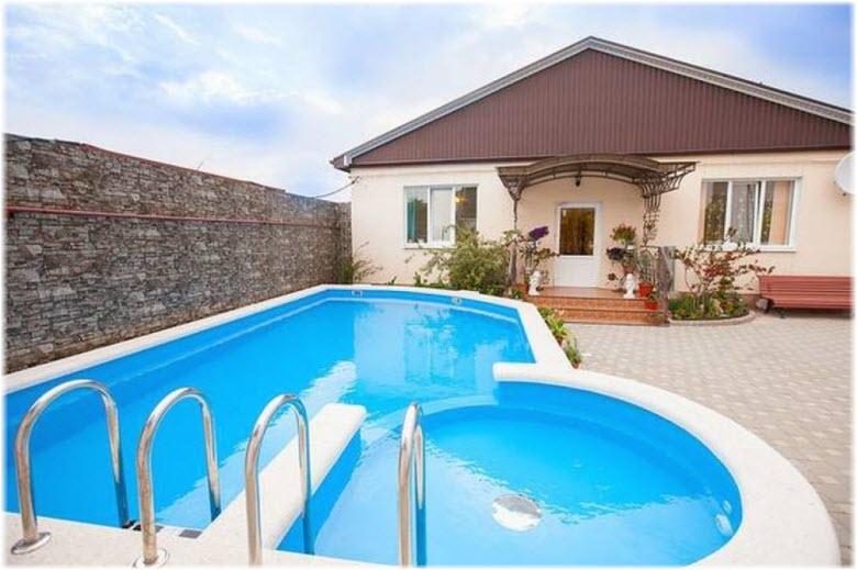 жилье в Кабардинке с бассейном