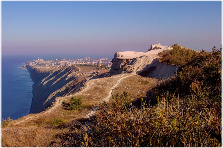 фото Лысой горы издалека