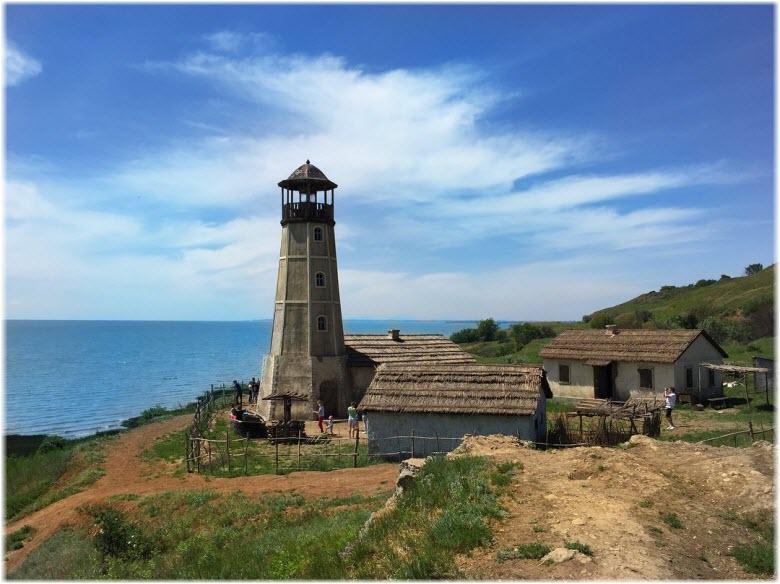 фото маяка в Мержаново