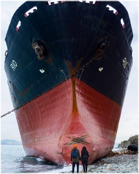 фото корабля Рио вблизи