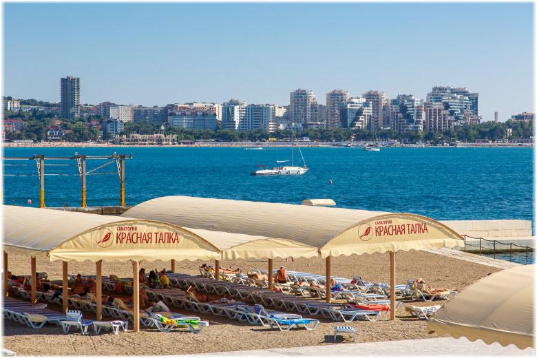 панорама пляжа Красная Талка