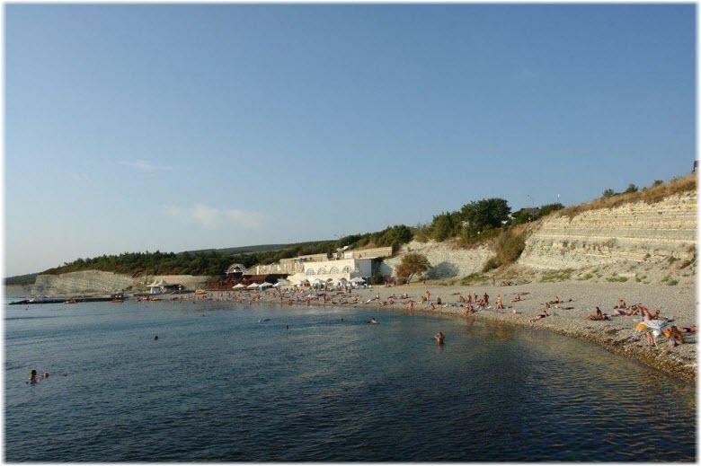 Пляж Факел в Дивноморском