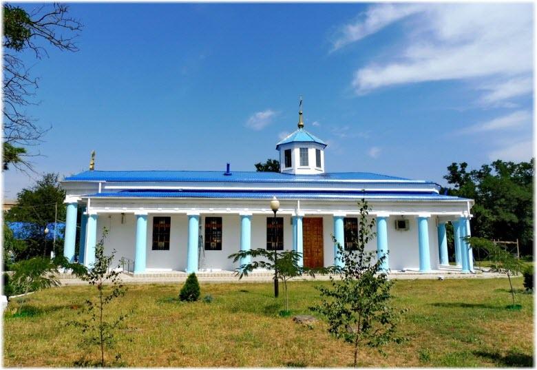 фото храмового фасада