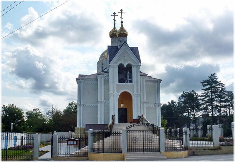 Храм Всех Святых в Джигинке