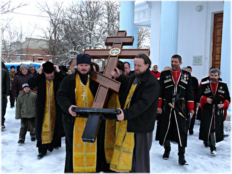 крестный ход в храме