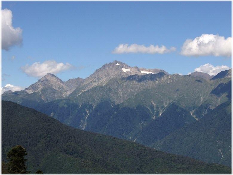 фото горы Чугуш от Красной Поляны