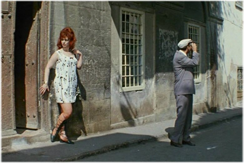кадр из Бриллиантовой руки в Стамбуле