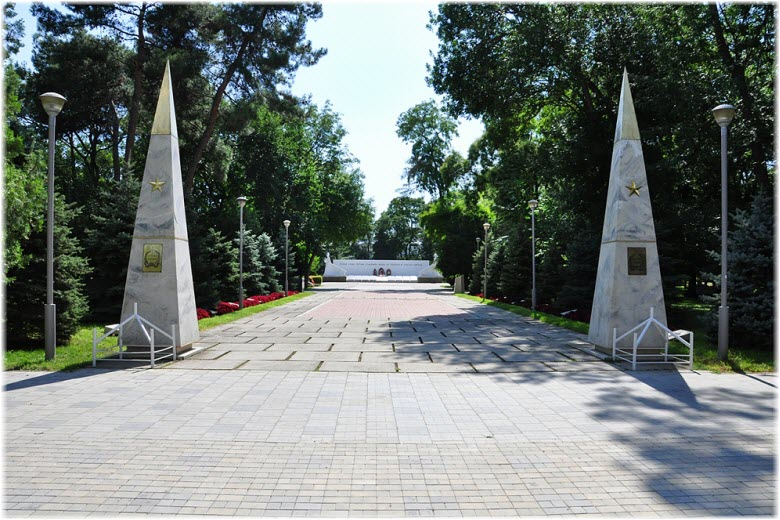 сквер Воинской славы в Анапе