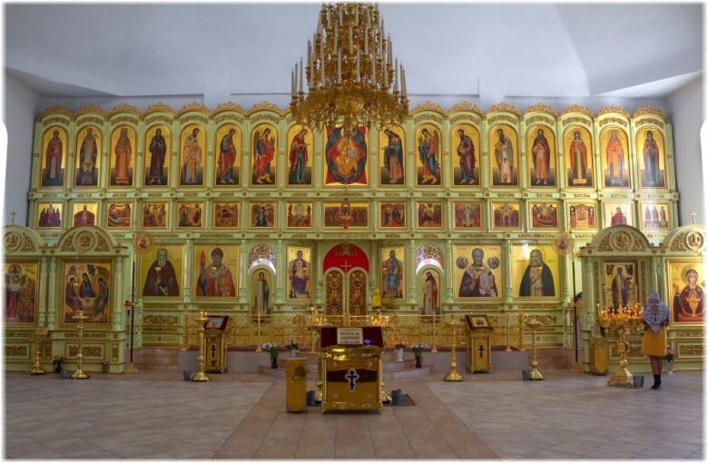 большой храмовый иконостас