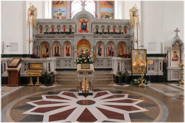 фото внутри храма Покрова Пресвятой Богородицы