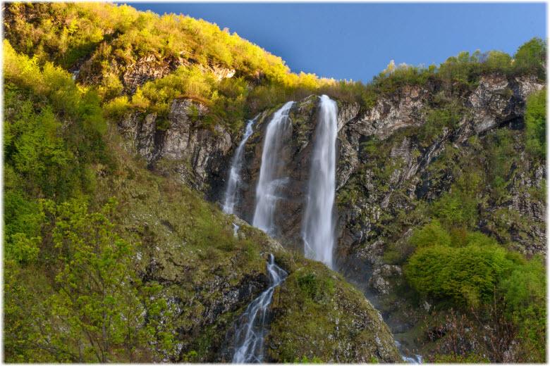 Водопад Поликаря в Сочи